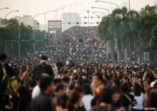 bangkok-crowd
